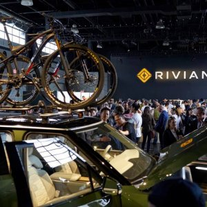 Close up shot of the 2020 Rivian R1S Roof Rack and bicycle